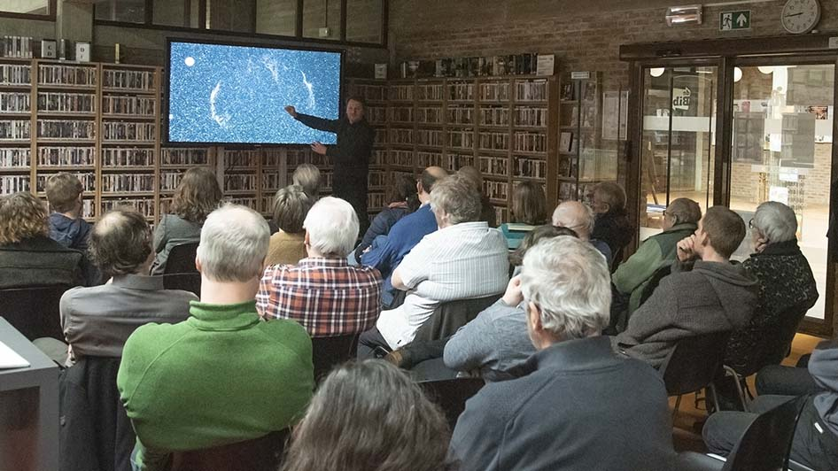 "Boutersem Library 11 March 2020 - ""Black Holes"""